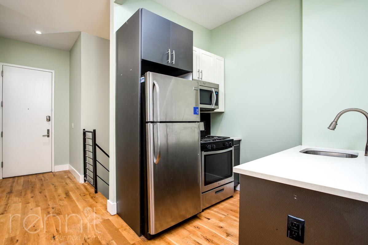 865 GREENE AVE., Apt 1B Image 1