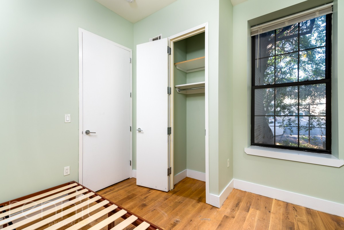 865 GREENE AVE., Apt 1B Image 3