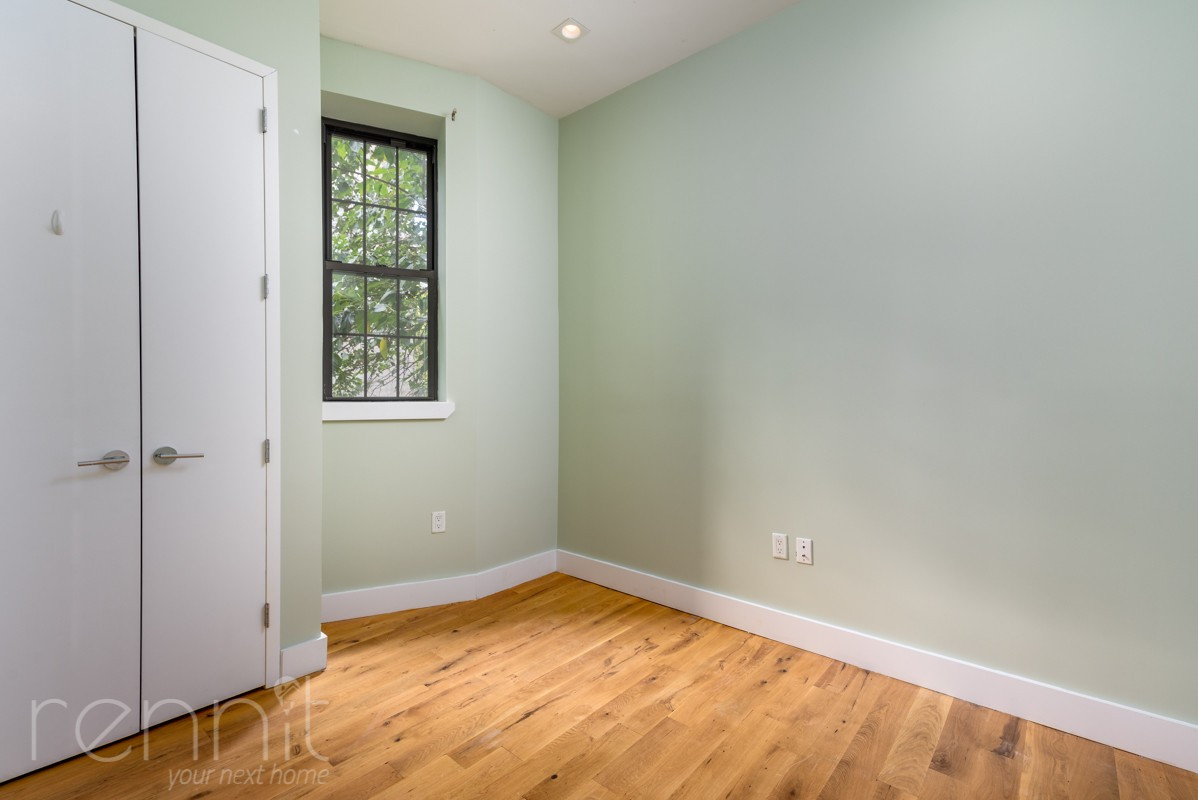 865 GREENE AVE., Apt 1B Image 6