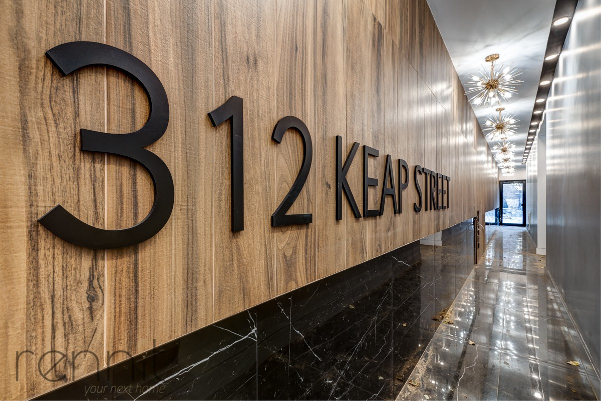 312 Keap Street, Apt 1B Image 11