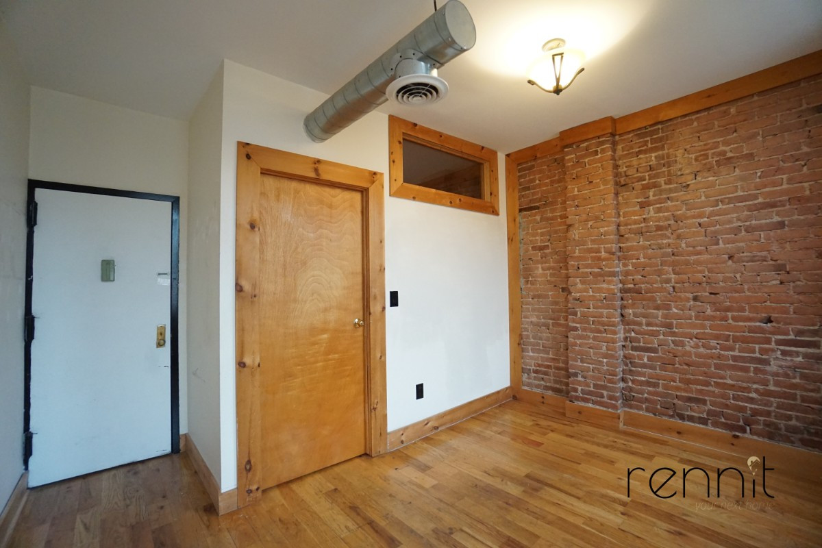 645 Willoughby Ave, Apt 6 Image 12