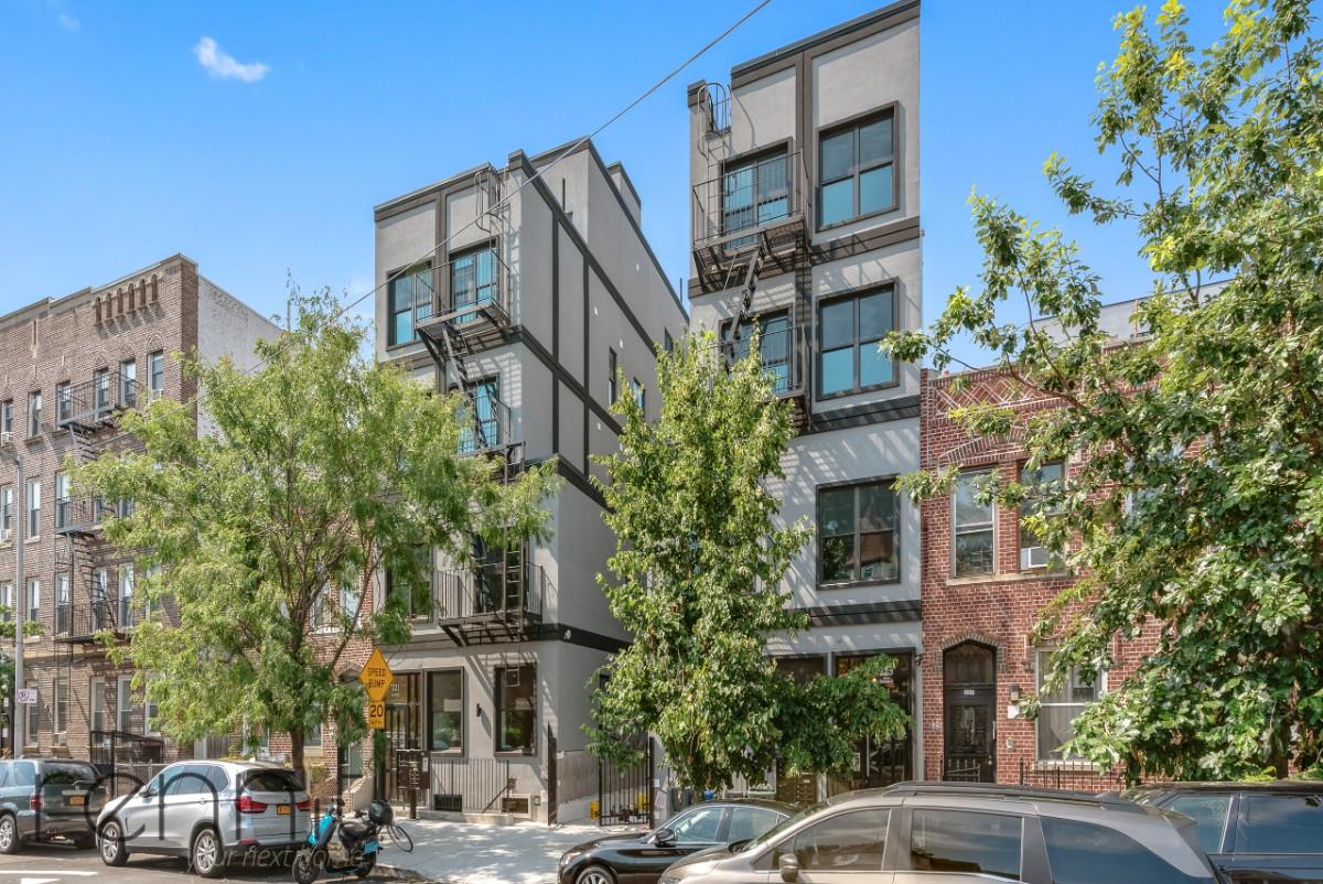 221 Martense Street, Apt 4B Image 14