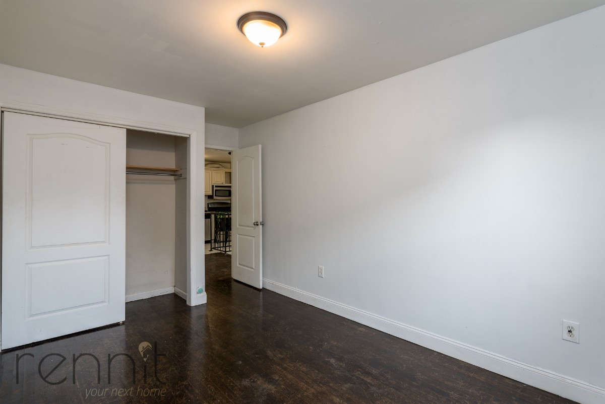 1107 IRVING AVE, Apt 2A Image 11