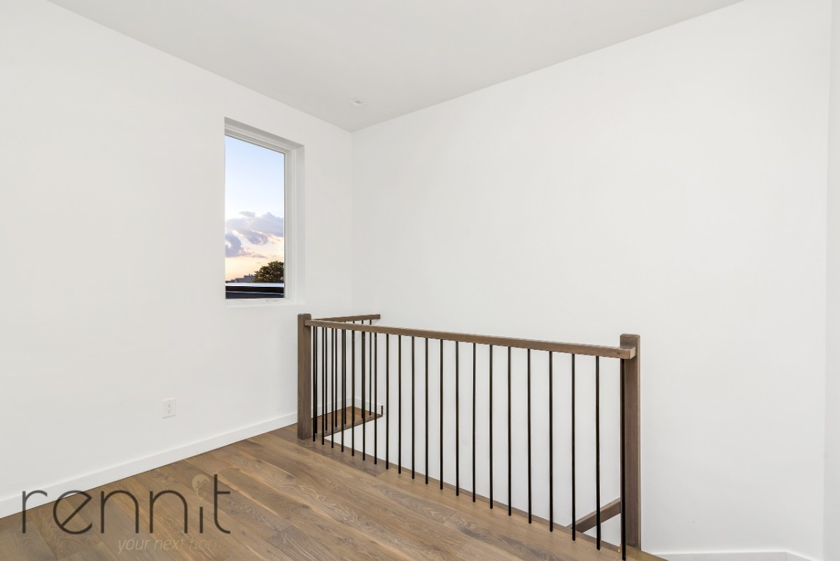 1525 New York Avenue, Apt 4F Image 13