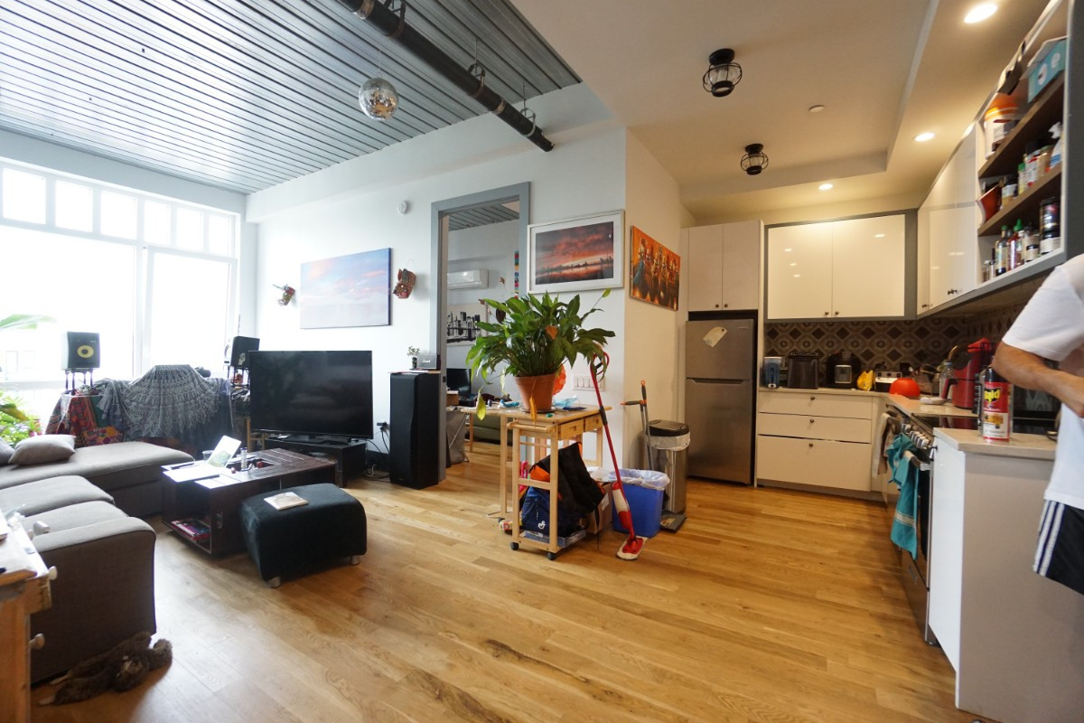 412 Evergreen Avenue, Apt 4G Image 1