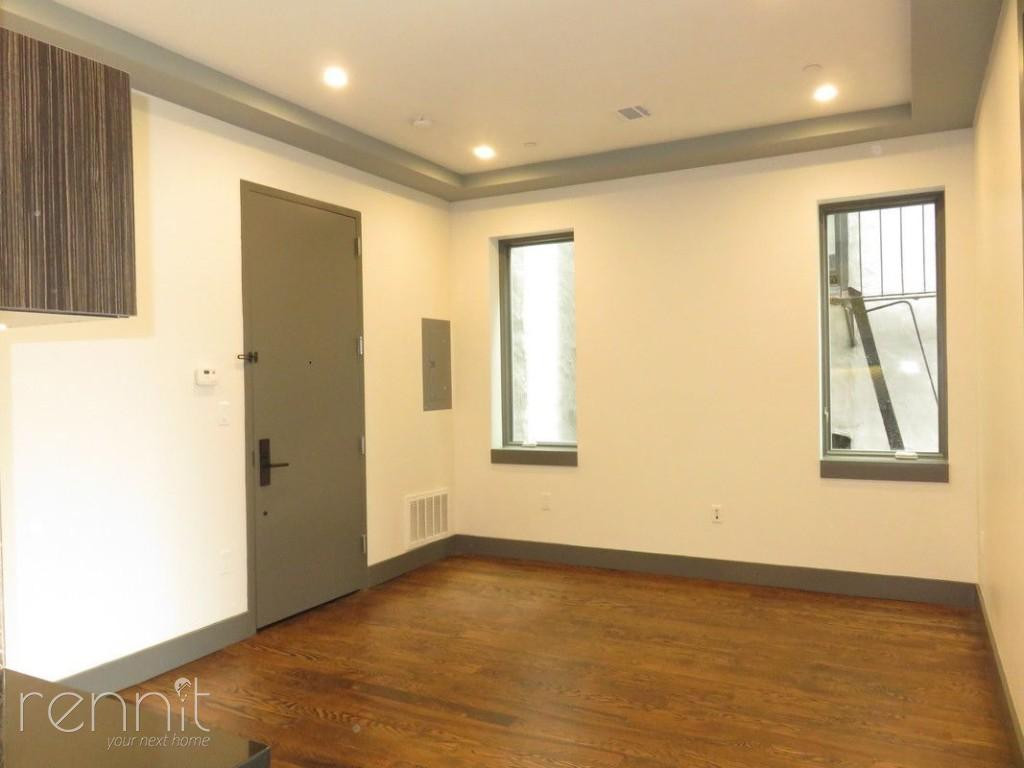 272 THROOP AVE., Apt 4A Image 3
