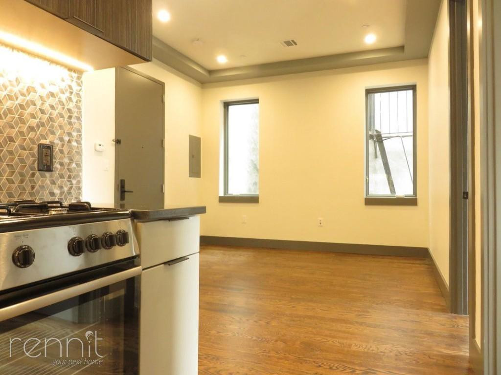272 THROOP AVE., Apt 4A Image 9