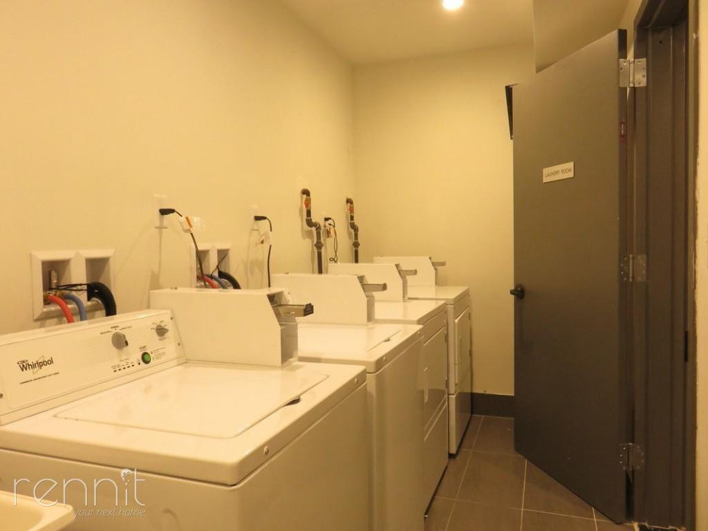 272 THROOP AVE., Apt 4A Image 17