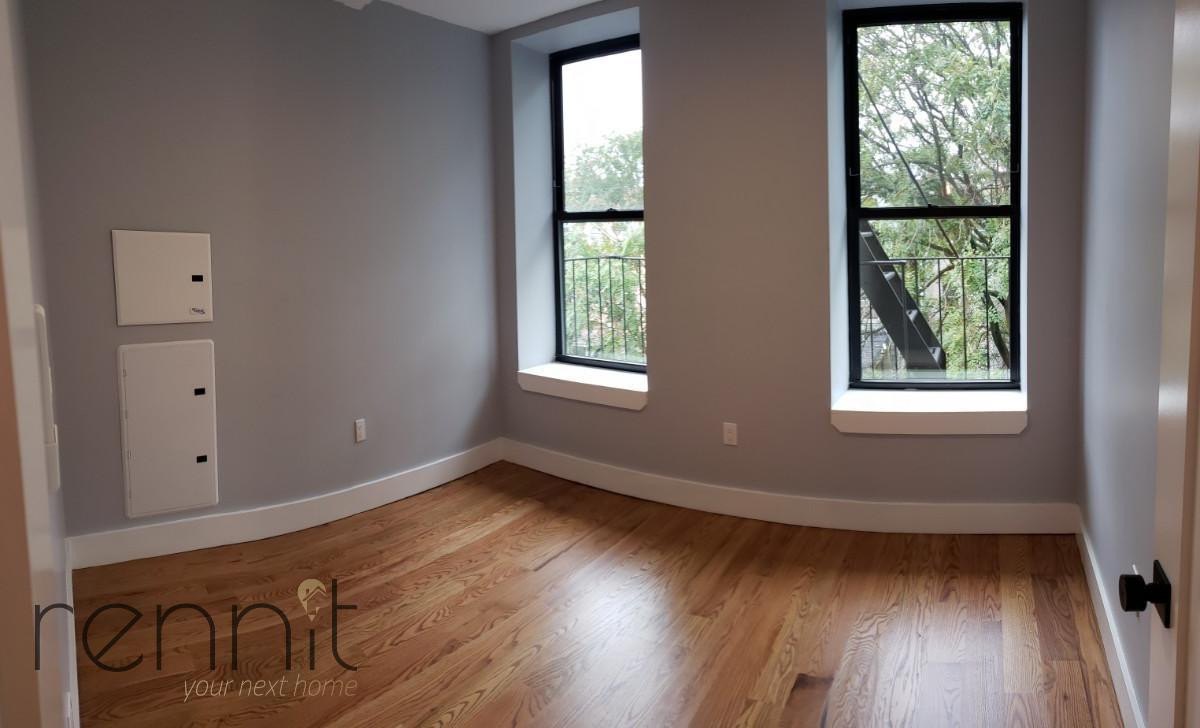 1160 Rogers Ave, Apt 1B Image 5
