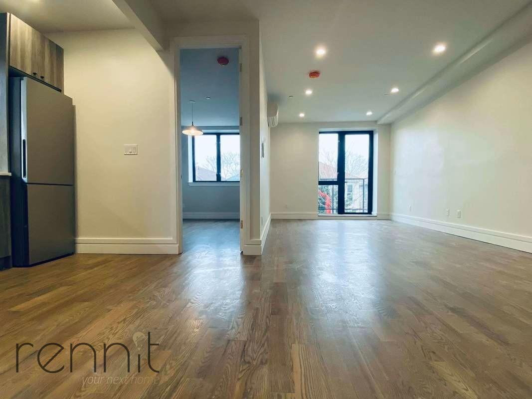 126 EAST 54TH STREET, Apt 4B Image 4