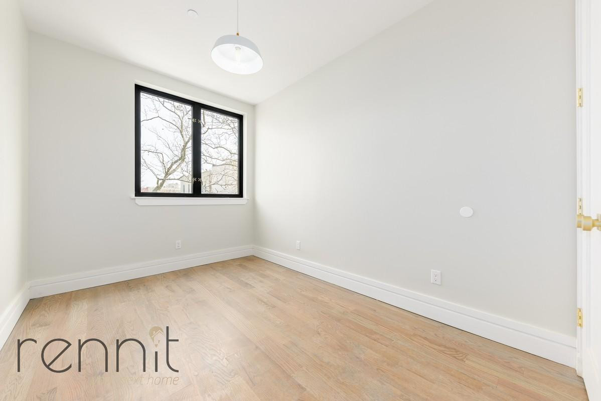 126 EAST 54TH STREET, Apt 4B Image 5