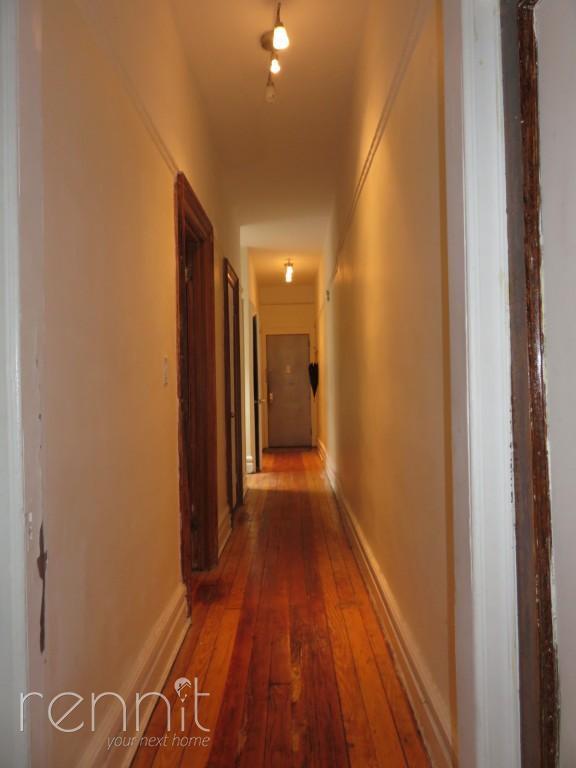 666 Park Place, Apt 2R Image 5