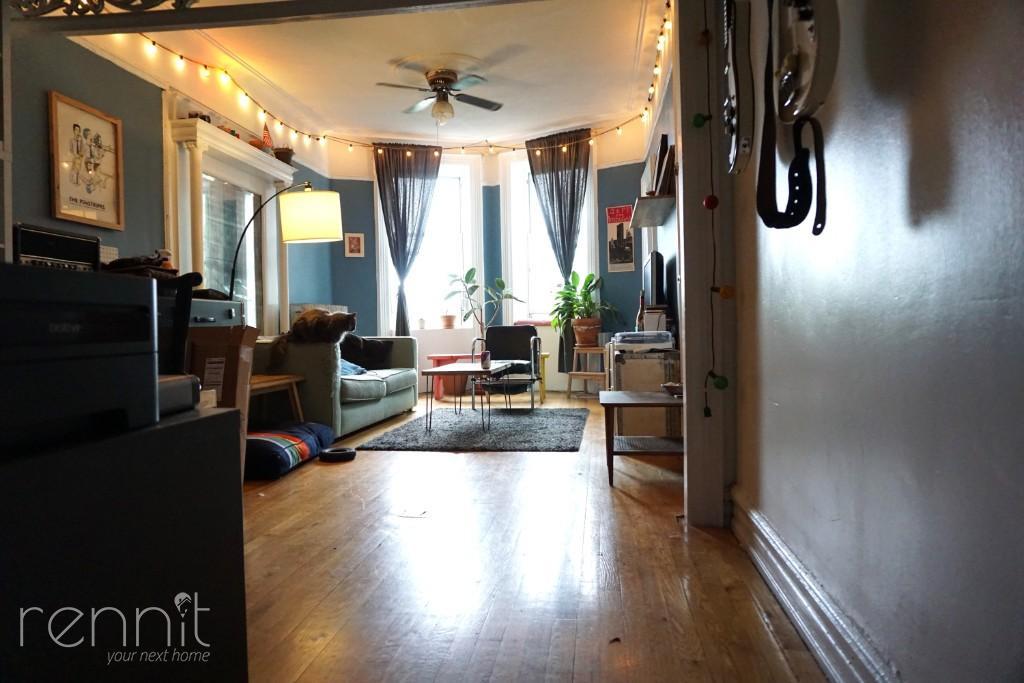 666 Park Place, Apt 2R Image 11
