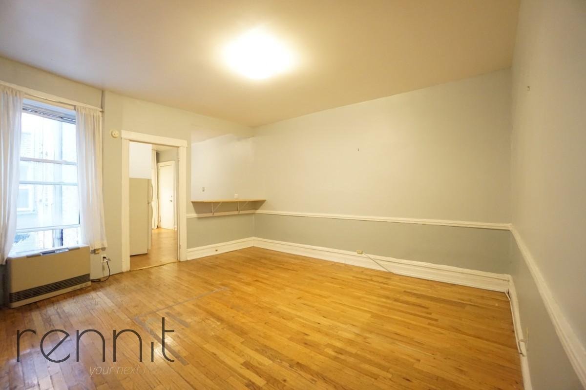 370 Bedford Avenue, Apt 7 Image 1