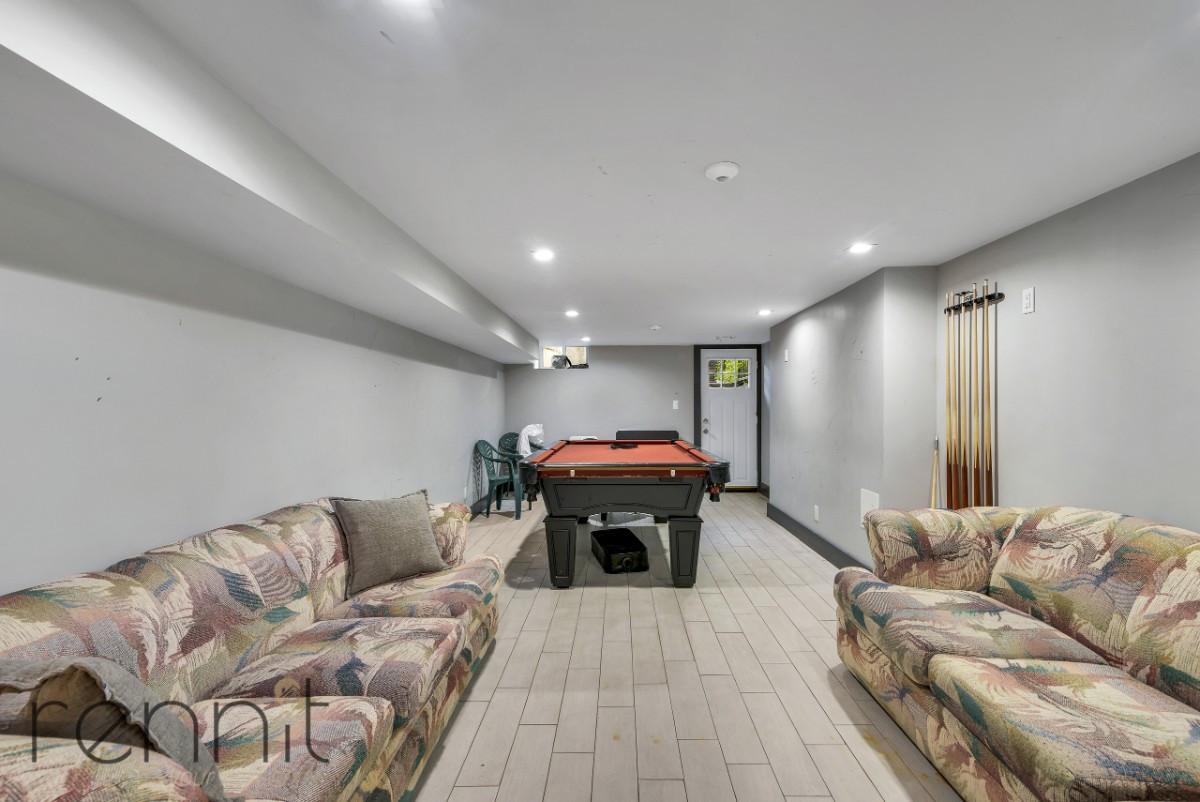 68-07 FOREST AVE., Apt 2R Image 11