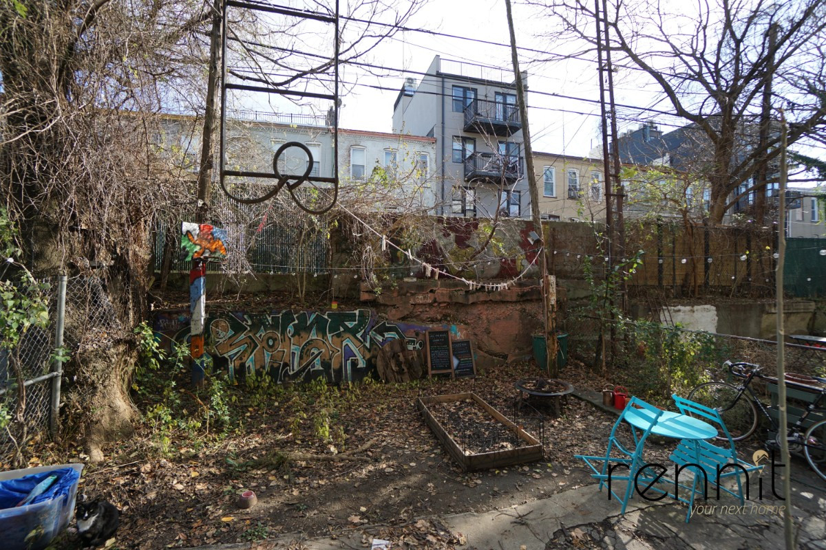 1408 Putnam Avenue, Apt 1L Image 3