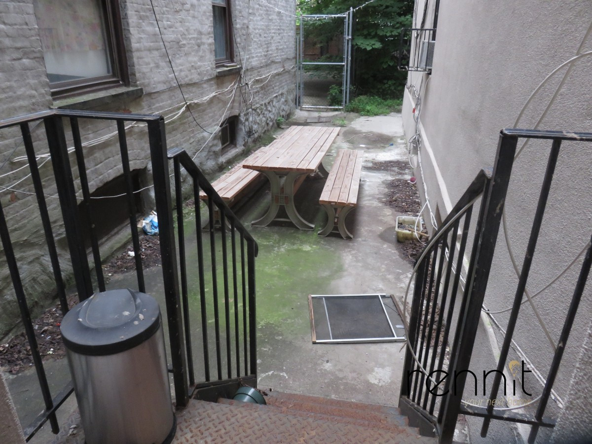 559 Saint Johns Place, Apt 1F Image 7