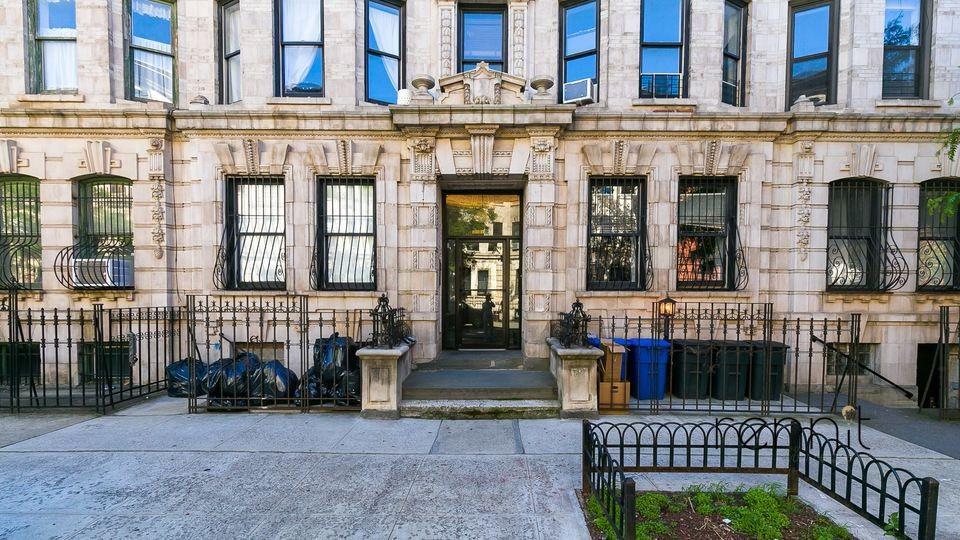 205 Saint James Place, Apt 4L Image 16