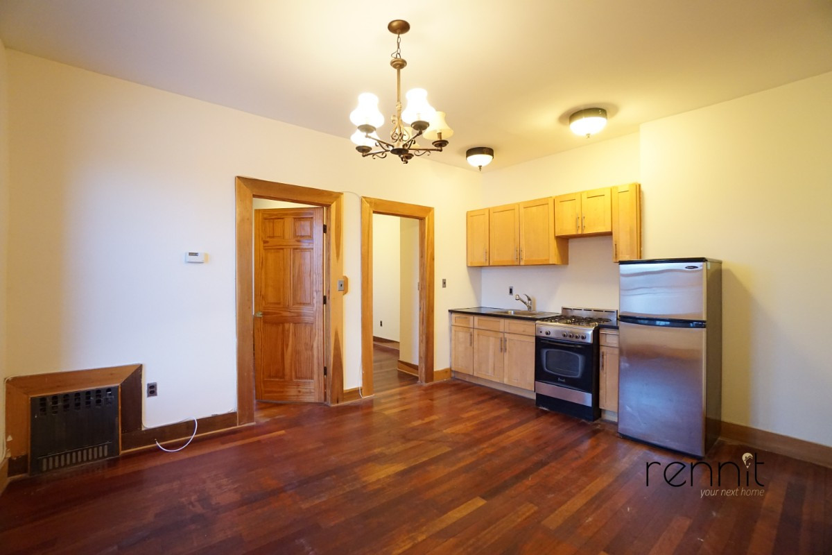 140A LEXINGTON AVE., Apt 17 Image 2