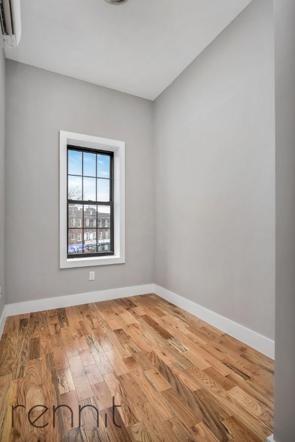 553 East 26th Street, Apt 3F Image 5