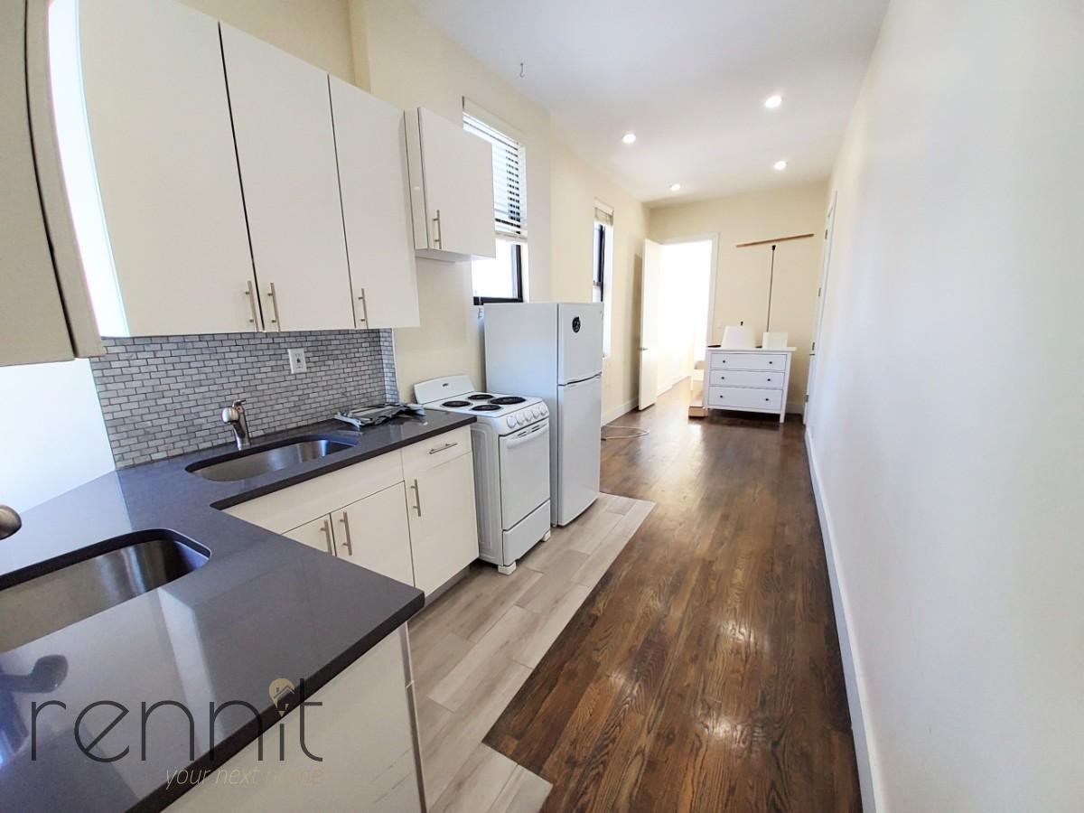 837 Bedford Ave, Apt 4A Image 3