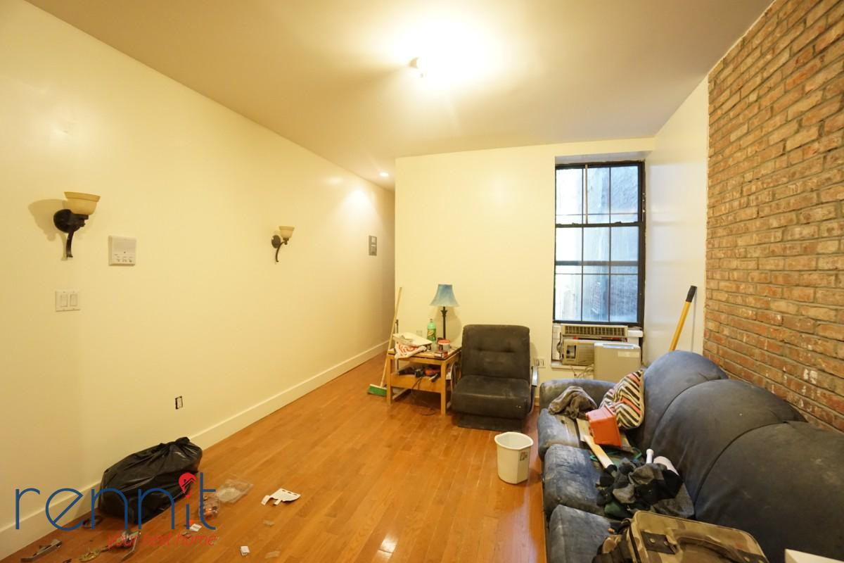 718 Knickerbocker Ave, Apt 2R Image 4