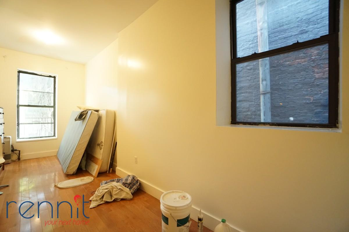718 Knickerbocker Ave, Apt 2R Image 6