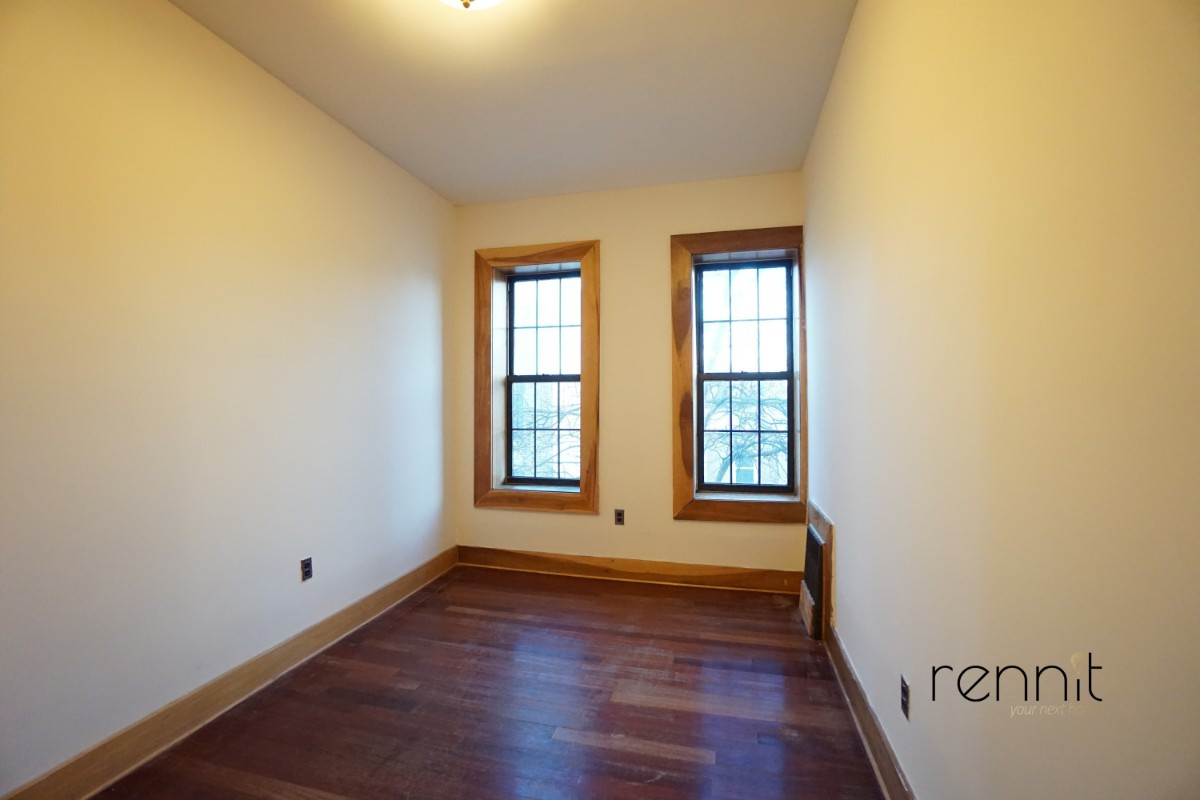 140A LEXINGTON AVE., Apt 4 Image 3