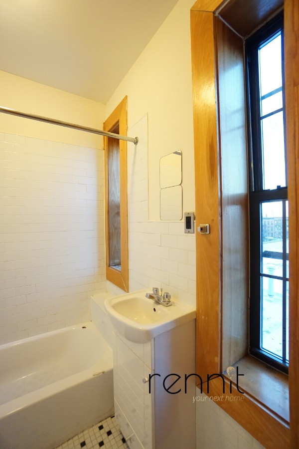 140A LEXINGTON AVE., Apt 4 Image 5