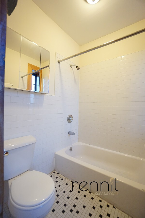 140A LEXINGTON AVE., Apt 4 Image 6