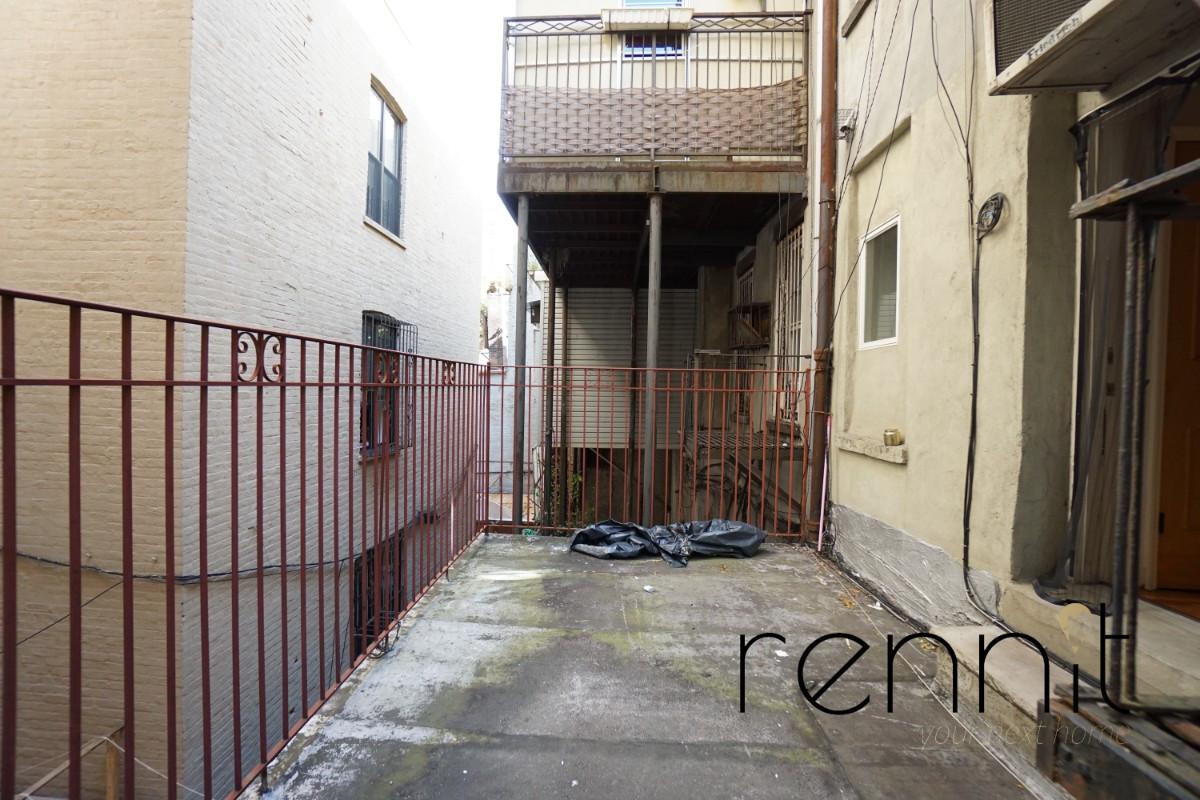 149 Division Avenue, Apt 2 Image 2