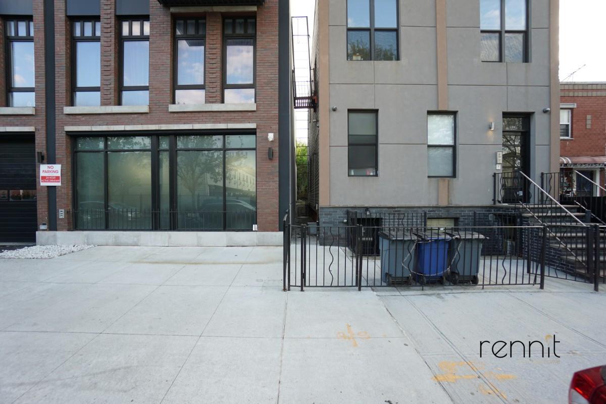 406 Evergreen Avenue, Apt 1B Image 11