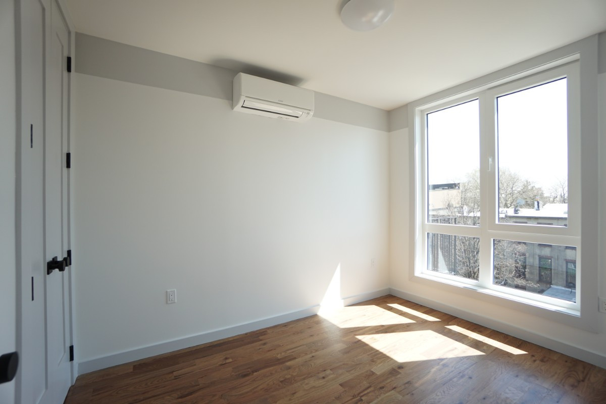 774 Lexington Avenue, Apt 3B Image 15