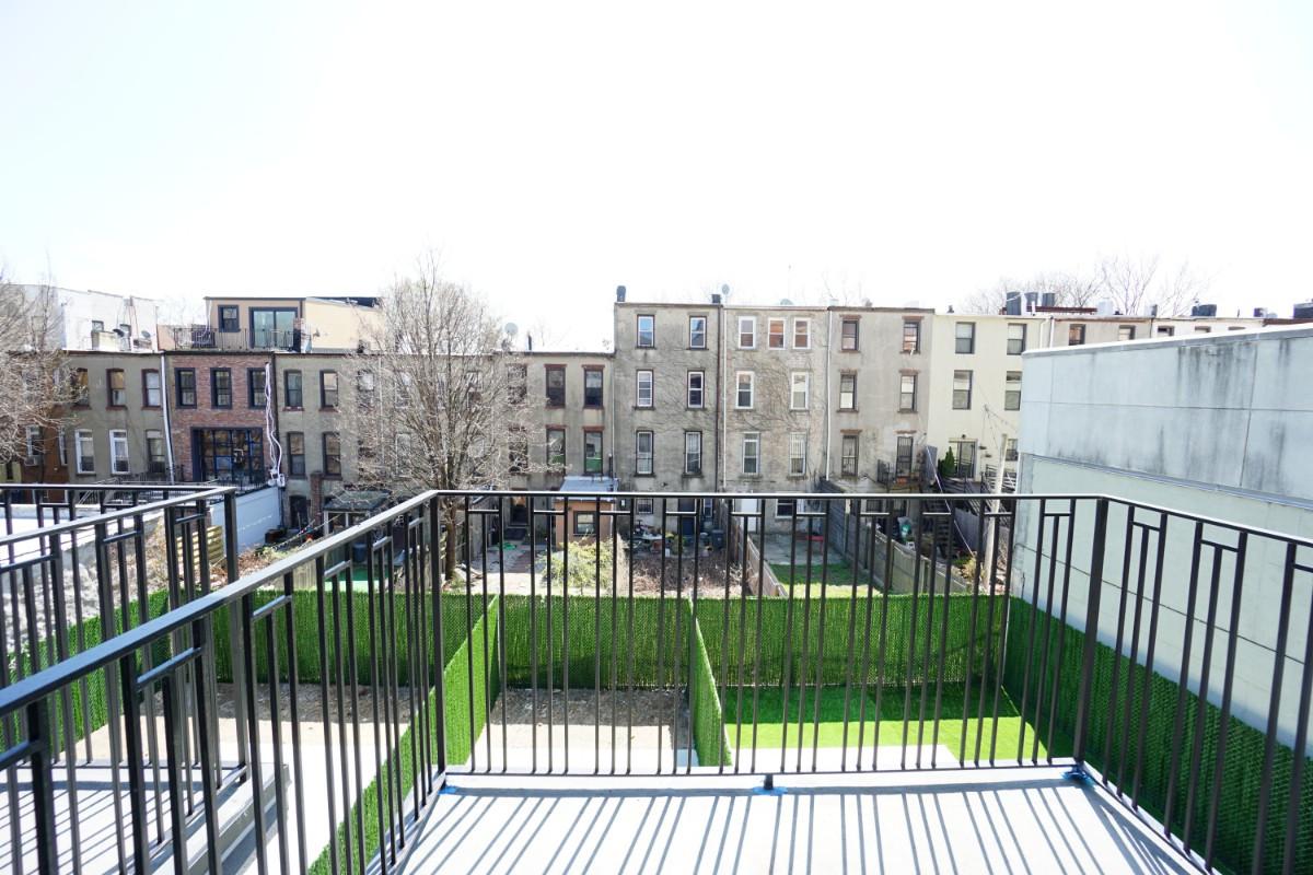 774 Lexington Avenue, Apt 3C Image 12