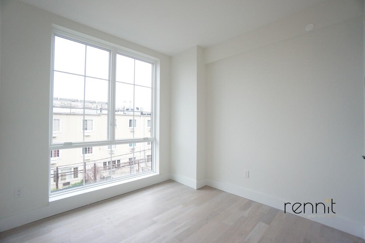 933 Rogers Avenue, Apt 3F Image 9