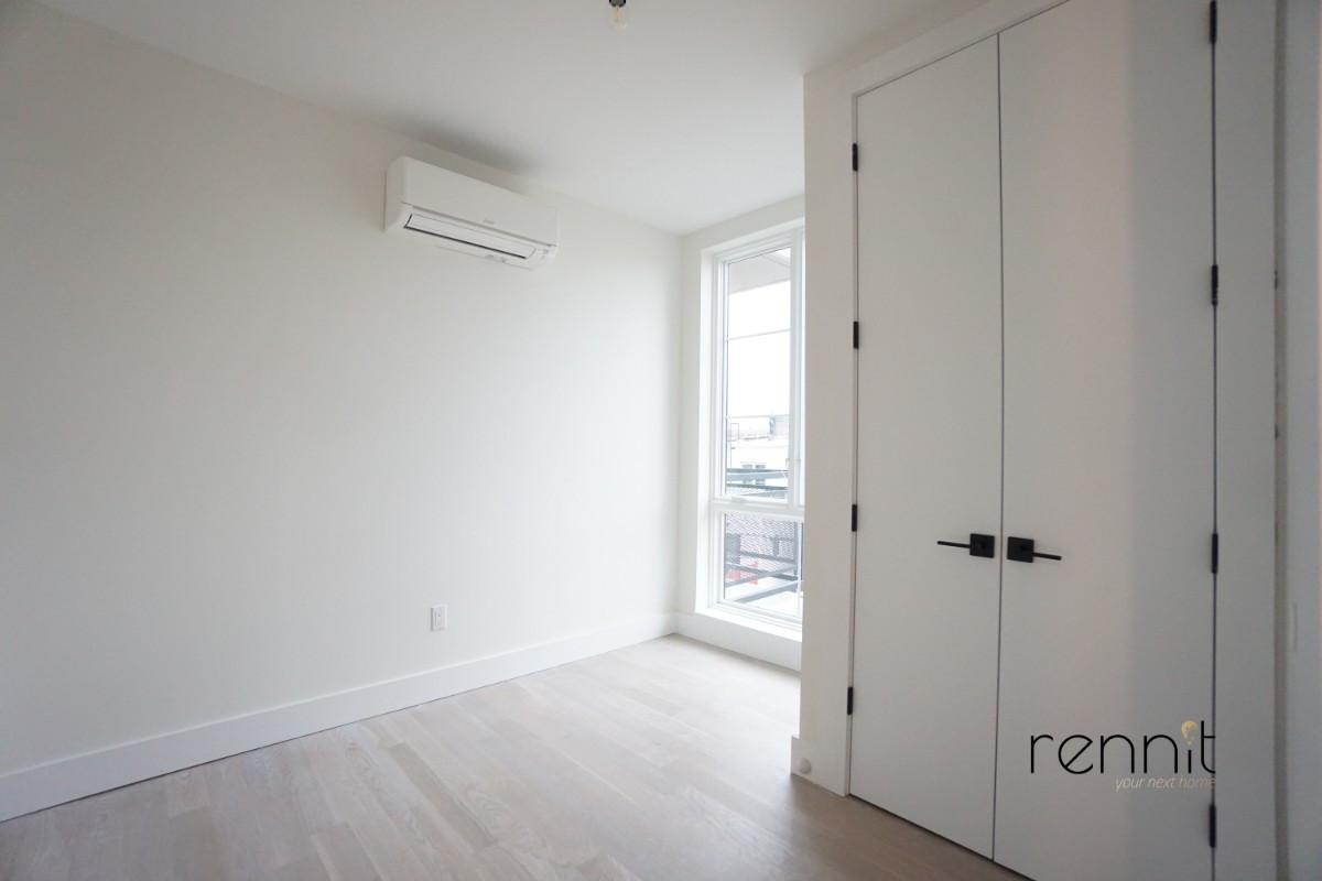933 Rogers Avenue, Apt 3F Image 10