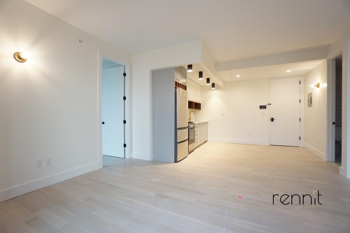 933 Rogers Avenue, Apt 4B Image 2
