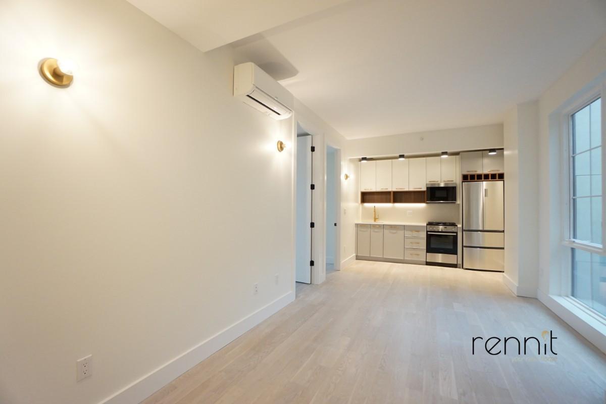 933 Rogers Avenue, Apt 6A Image 13