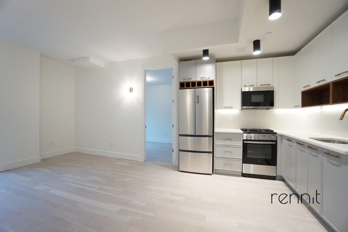 933 Rogers Avenue, Apt 6C Image 1