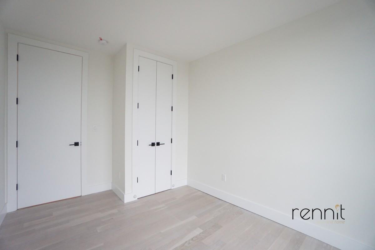 937 Rogers Avenue, Apt 7D Image 8
