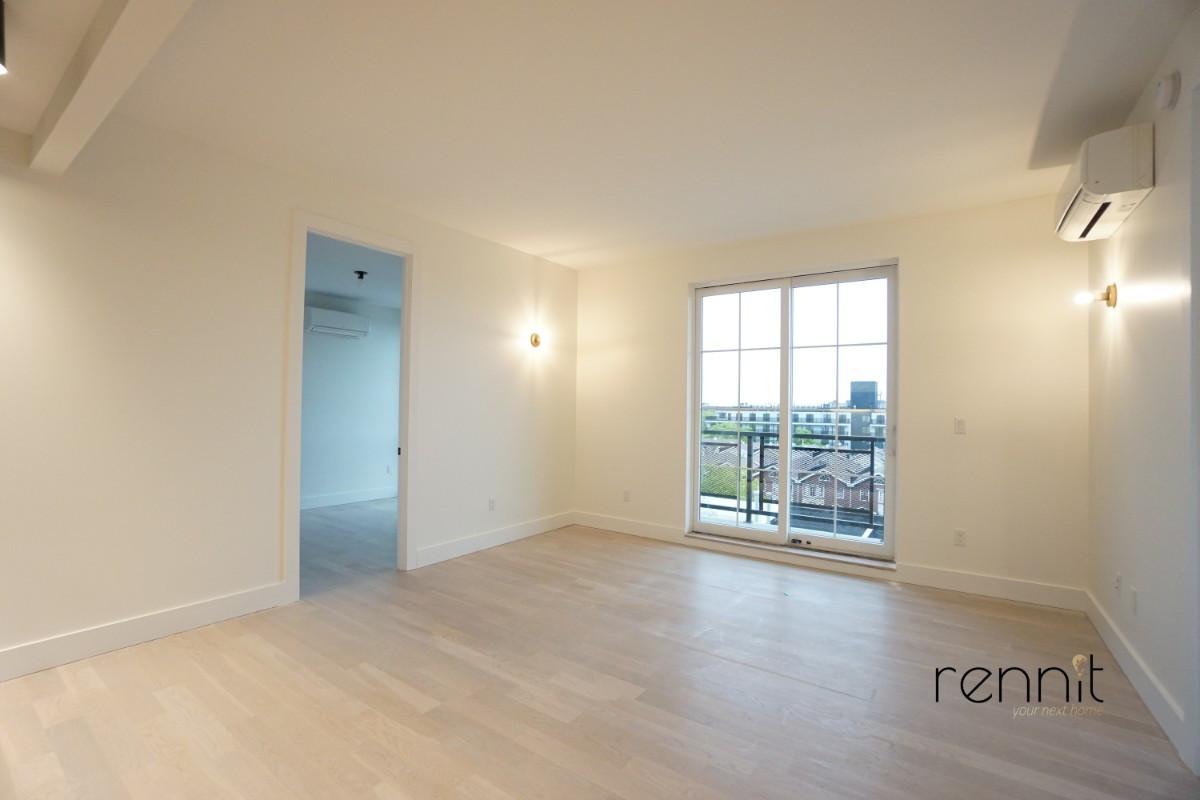 937 Rogers Avenue, Apt 6E Image 3