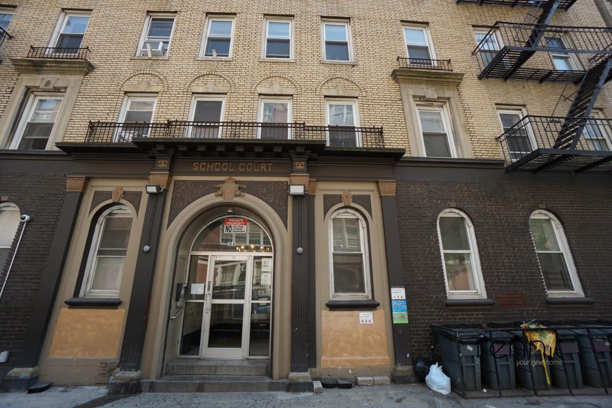 188 South 3rd Street, Apt 1 Image 12