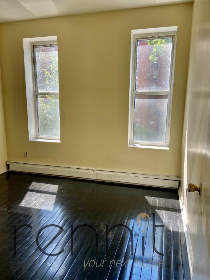 237 Kingston Avenue, Apt 2 Image 11