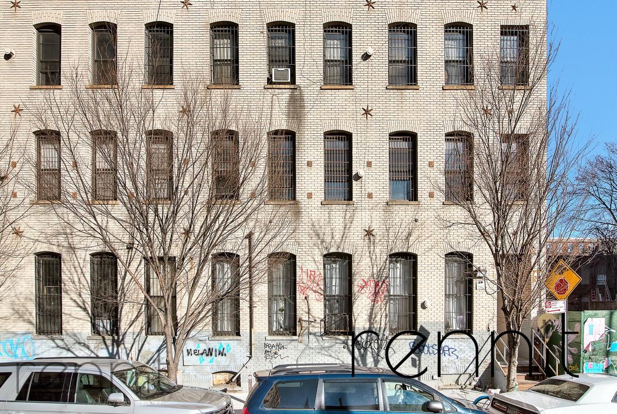 141 Spencer Street, Apt 409 Image 18