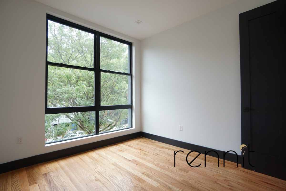 1165 Greene Avenue, Apt 3 Image 26