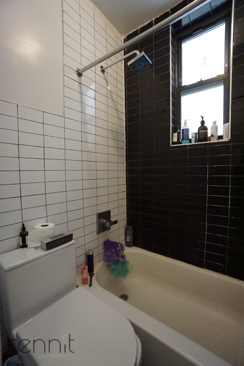 238 Stockholm Street, Apt 3L Image 8