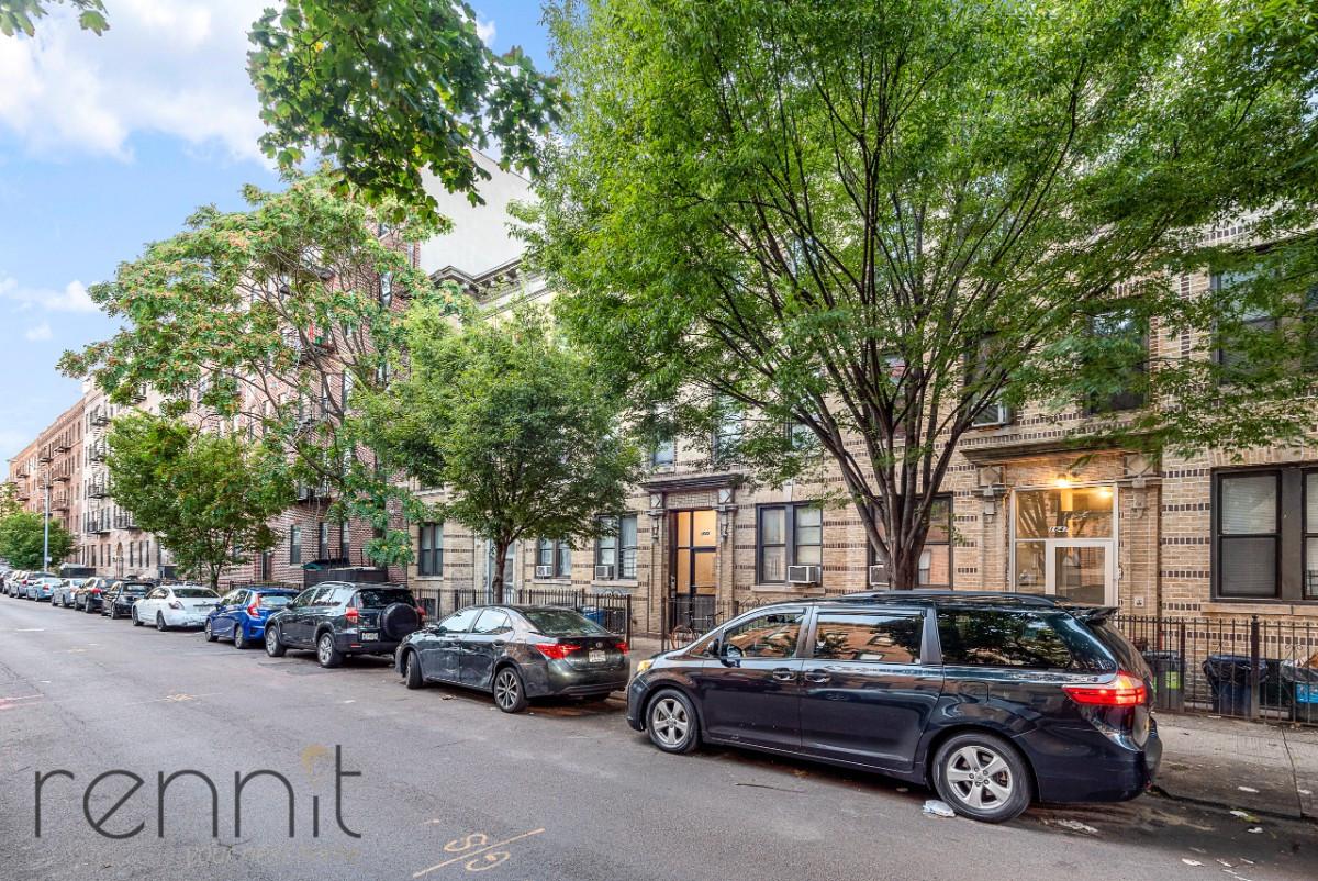 1645 Putnam Avenue, Apt 3R Image 10