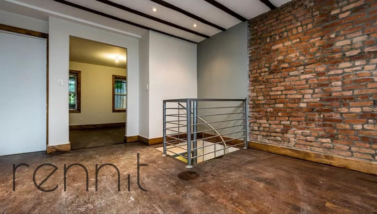 758 Willoughby Ave, Apt 1 Image 1