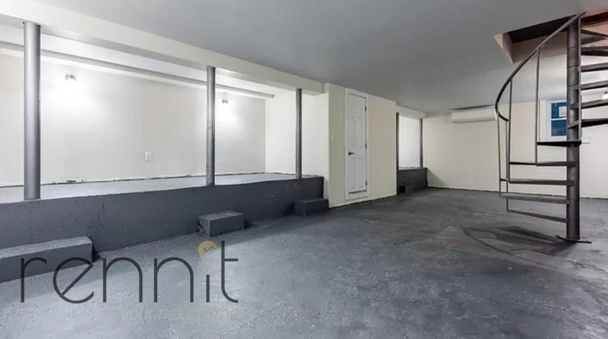758 Willoughby Ave, Apt 1 Image 11