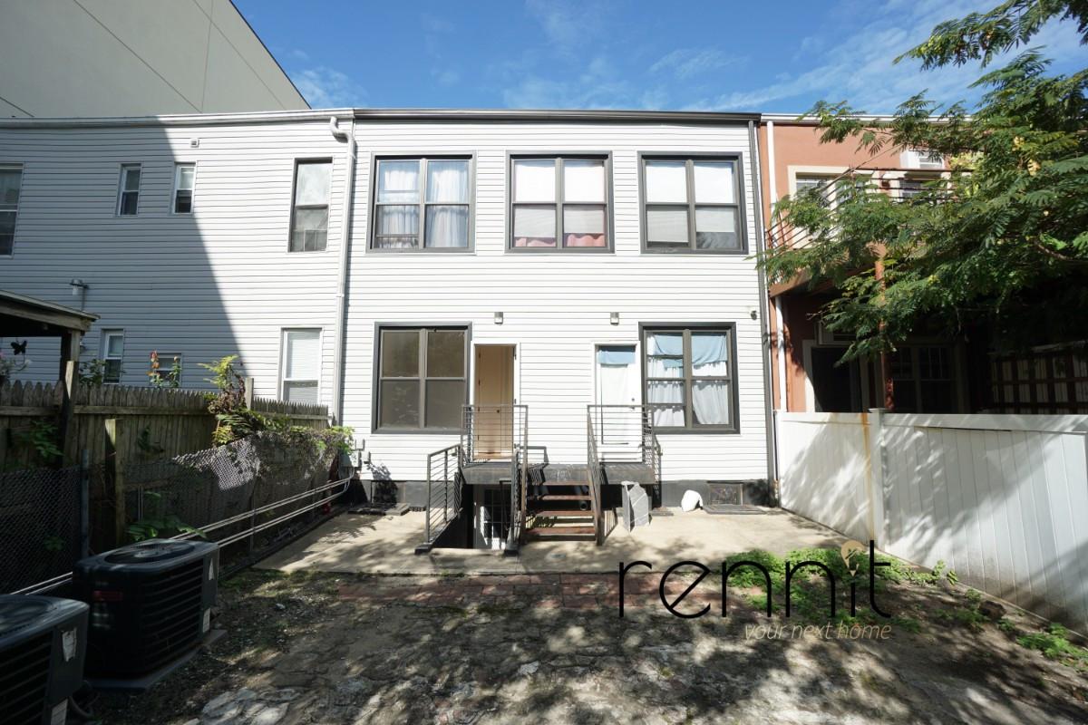 1622 Summerfield Street, Apt 1R Image 18